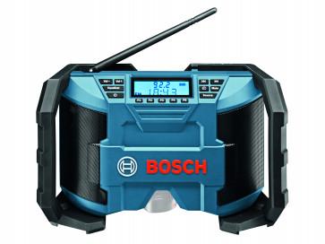 <ul> <li>Bosch GML 10,8 V mit Anleitung</li> <li>Netzteil</li> <li>2 x 1,5-V-LR03 (AAA) Batterien</li> <li>Aux-In Kabel</li> </ul>