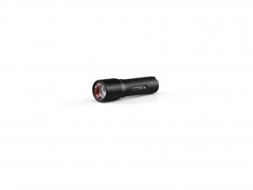 <ul> <li>1 Taschenlampe P7</li> <li>1 Batteriesatz</li> <li>1 Gürteltasche</li> <li>1 Handschlaufe</li> <li>Lieferung in der Geschenkbox</li> </ul>
